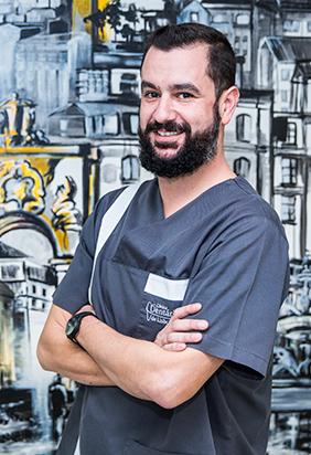 Dr. Bruno Magalhães